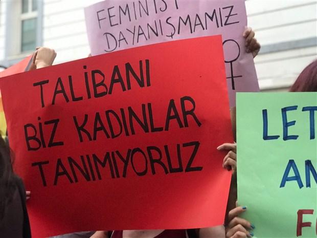 turkiye-deki-kadinlardan-afgan-kadinlara-birlik-mesaji-dayanismamiz-sinir-tanimaz-912640-1.