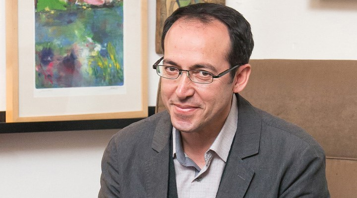 Yazar Burhan Sönmez, PEN International'ın yeni başkanı oldu